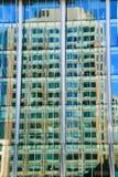 公寓蓝色大厦角落办公室反映摩天大楼 库存照片
