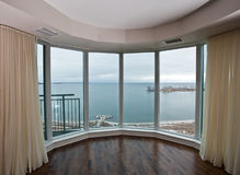 公寓视窗 图库摄影