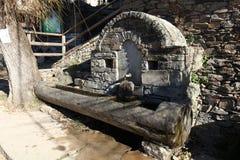 公开喷泉在Kovachevitsa村庄 库存图片