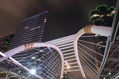 公开天空步行夜风景在bankok的 图库摄影