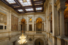公开屋子在巴塞罗那Cityhall  库存图片