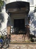24公开拍卖范围的公寓房 免版税库存图片
