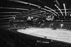 公开ACCES事件!!!Chomutov,捷克共和国- 2017年1月20日:新的多功能竞技场空的观众席  免版税图库摄影