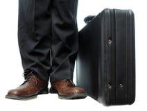 公文包下双鞋子 免版税库存图片