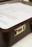 公文包工商业票据 免版税库存照片