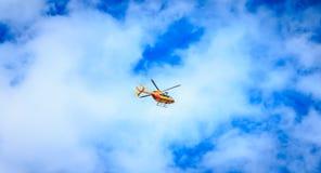 公民安全的直升机EC 135 库存照片