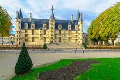 公爵的宫殿在讷韦尔 库存照片