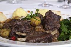 公猪栗子炖煮的食物 库存图片