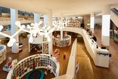 公立图书馆阿姆斯特丹的内部 库存照片
