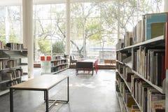 公立图书馆麦德林biblioteca pública piloto营业日2018年12月 库存照片