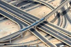 公路交叉点在迪拜 免版税库存照片