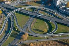 公路交叉点,里加 在视图之上 空中风景 nn 免版税库存图片