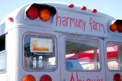 公车运送农厂和谐 库存照片