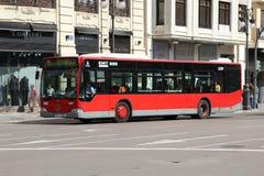 公车运送城市 免版税库存照片