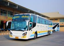 公车运送没有 18-198超级长的15米 图库摄影