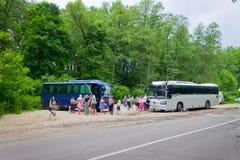 公车运送香客领导圣地的 免版税库存照片