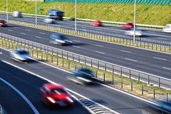 六条车道受控通入高速公路在波兰 免版税库存图片