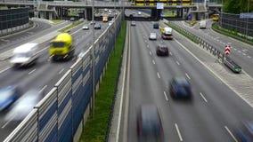 六条车道受控通入高速公路在波兰 影视素材