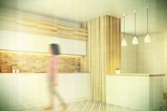 六角形木厨房,逆边,被定调子 免版税库存照片