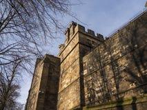 兰卡斯特城堡和前监狱在英国在城市的中心 免版税库存照片
