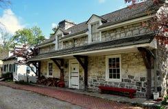 兰卡斯特, PA :1800-20老石小酒馆 免版税库存图片