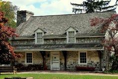兰卡斯特, PA :1800-20老石小酒馆 免版税库存照片