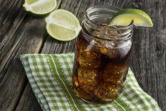 兰姆酒和可乐-古巴Libre 免版税库存照片