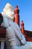 兰纳样式泰国巨人雕象在皇家植物群商展的 库存照片
