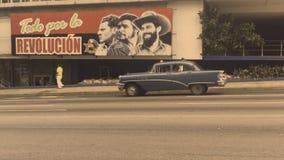 共产主义宣传广告牌哈瓦那古巴街 股票录像