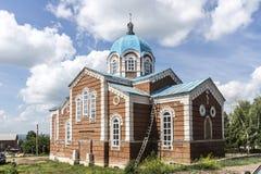 共产主义街道的教会在市Birsk 库存图片
