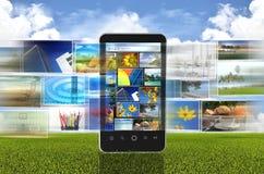 共享概念的照片与巧妙的电话 库存例证