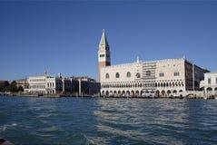 共和国总督宫殿s威尼斯 库存图片