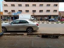 共和国街道在姆巴莱市政镇,东乌干达,非洲 免版税库存照片