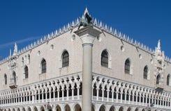 共和国总督的宫殿威尼斯 库存照片