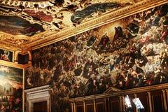 共和国总督` s宫殿-被绘的墙壁内部  免版税库存照片