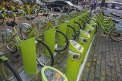 共有的自行车 免版税库存照片