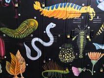 关于各种各样的海生动物的壁画,海洋生物,在黑背景 免版税图库摄影