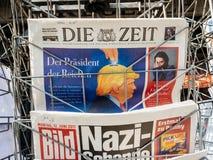 关于唐纳德・川普和纳粹的德国新闻 免版税库存图片