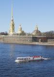 关于堡垒的河步行 彼得斯堡圣徒 库存照片
