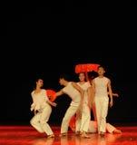 关于毕业生七年现代舞蹈 库存照片