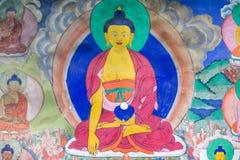 关于菩萨故事的传统绘画艺术在寺庙墙壁上 库存照片