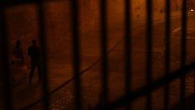 关在监牢里夜视图 股票录像
