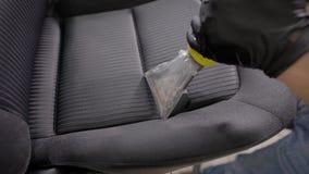 关闭一个专业清洁汽车座位的射击 影视素材