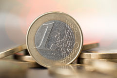关闭一枚一欧元硬币 免版税库存照片