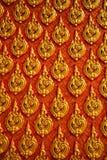 关闭东方寺庙装饰的墙壁作为背景 库存图片