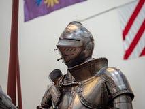 关闭佩带16世纪德国人pla的骑士的舵 库存照片