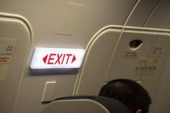 关闭出口签到乘客飞机 免版税库存图片