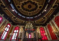 关闭历史的西班牙犹太教堂Schola Spagniola, Cannaregio,威尼斯的内部的看法 免版税库存照片