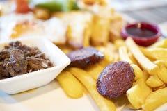 关闭土耳其样式富有和可口早餐详细的看法  图库摄影