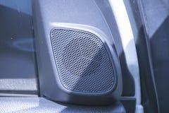 关闭在汽车的Loundspeakers 伴音系统音频 免版税库存照片